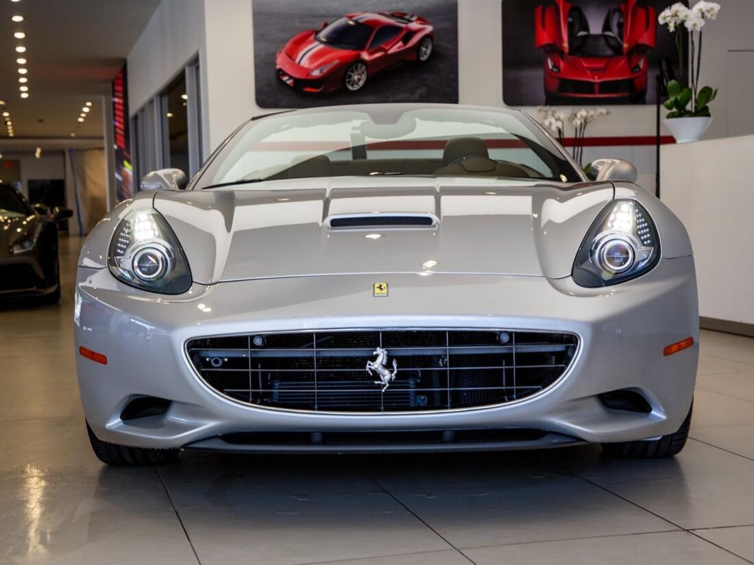 2010 Ferrari  California image _613c54bdbeedc1.92628840.jpg