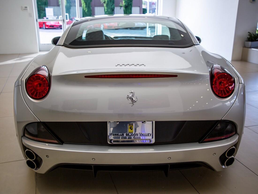 2010 Ferrari  California image _613c54c2062629.94580623.jpg