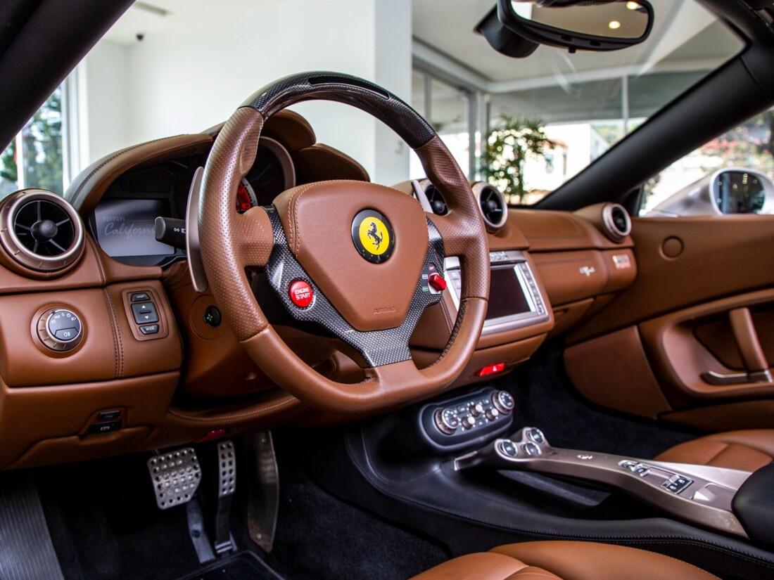 2010 Ferrari  California image _613c54c49722b6.17731087.jpg