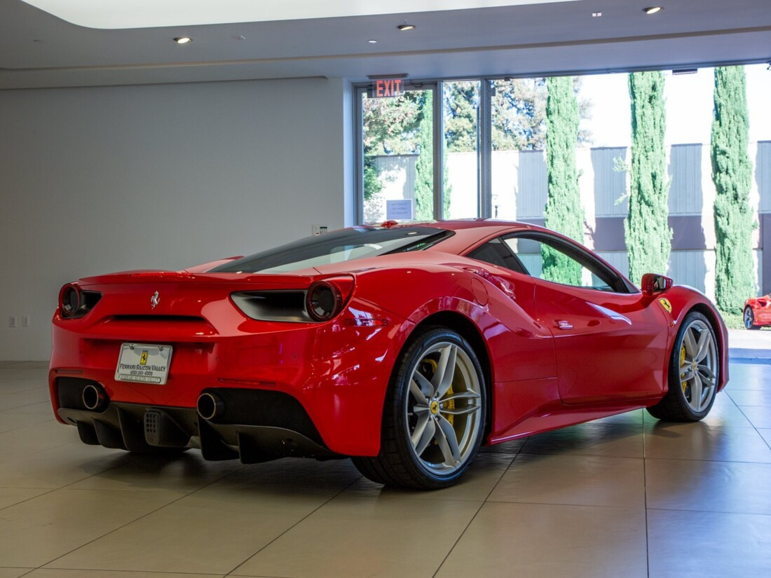 2017 Ferrari 488 GTB image _613c54d39083b4.97315917.jpg