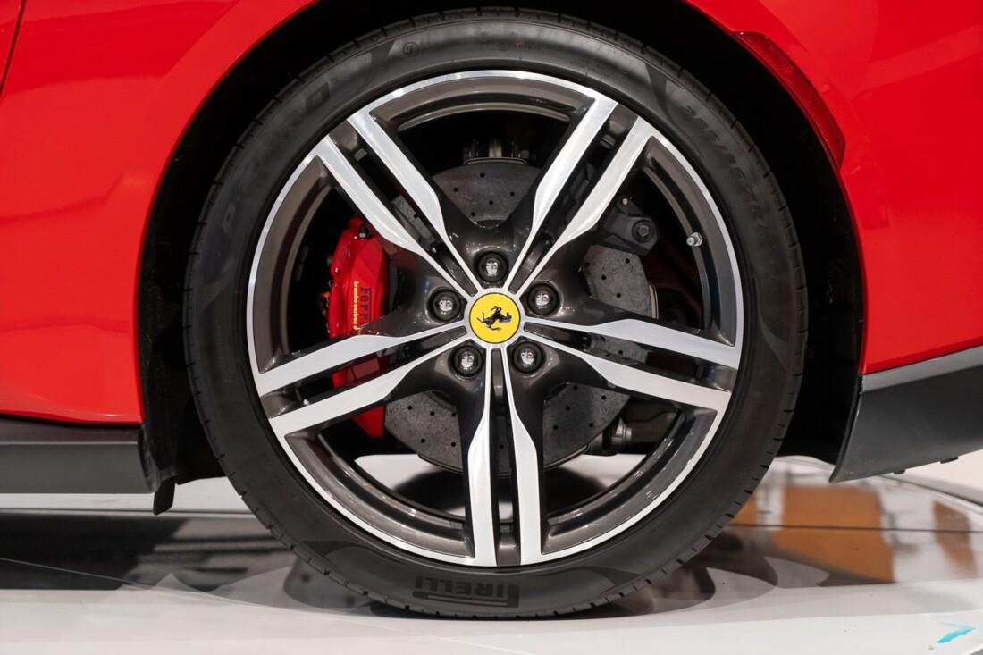 2019 Ferrari  Portofino image _613c552e735871.17164729.jpg