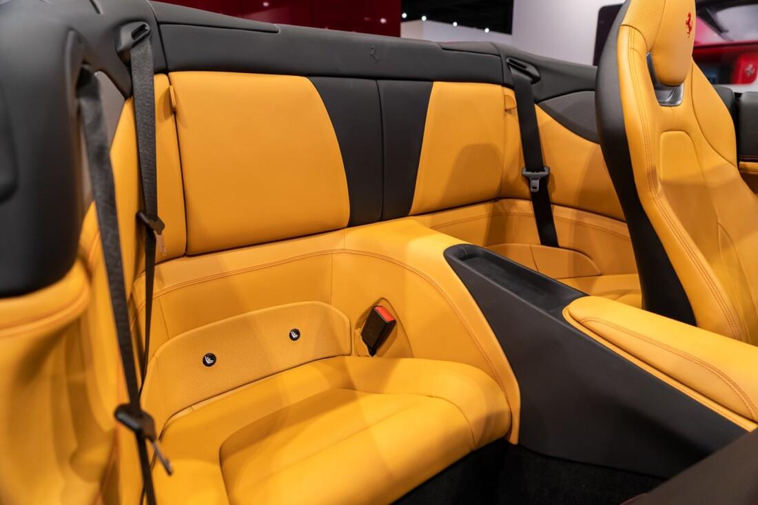2019 Ferrari  Portofino image _613c554129e0b4.76164139.jpg