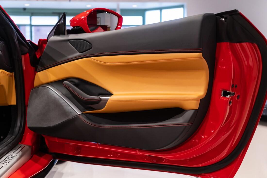 2019 Ferrari  Portofino image _613c5541e36bb4.11580513.jpg