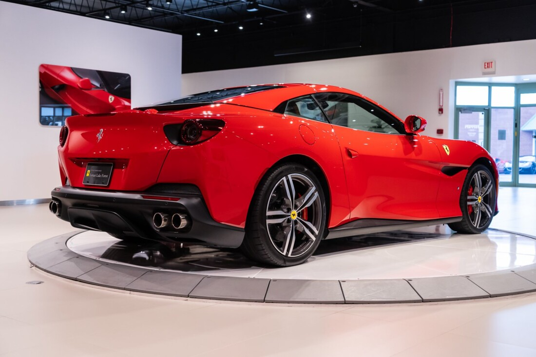 2019 Ferrari  Portofino image _613c55444a1a99.24718882.jpg