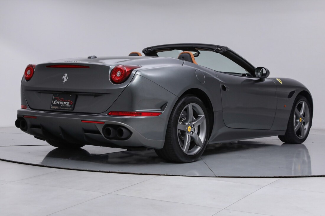 2017 Ferrari  California image _613da5ce4b6202.79144285.jpg