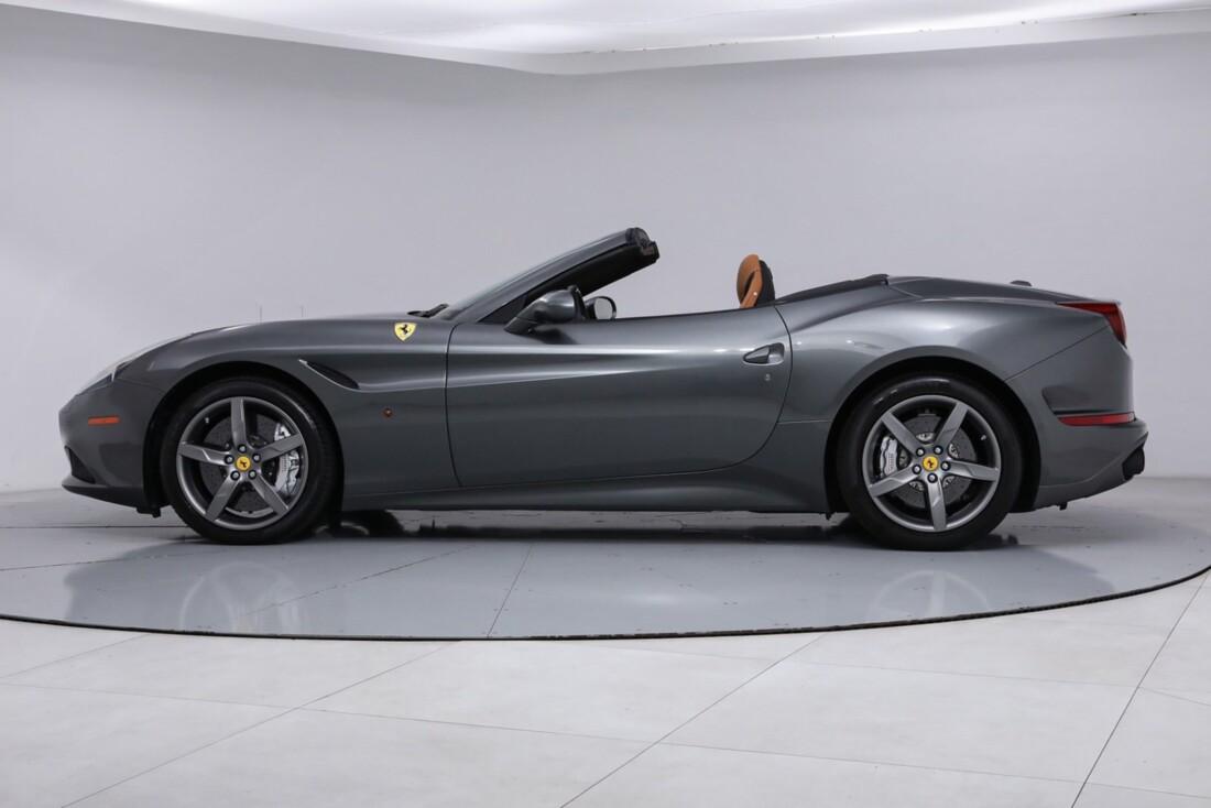 2017 Ferrari  California image _613da5ceea56d7.66549068.jpg