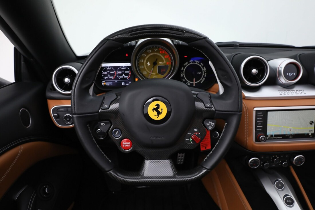 2017 Ferrari  California image _613da5d0b5d132.39165243.jpg
