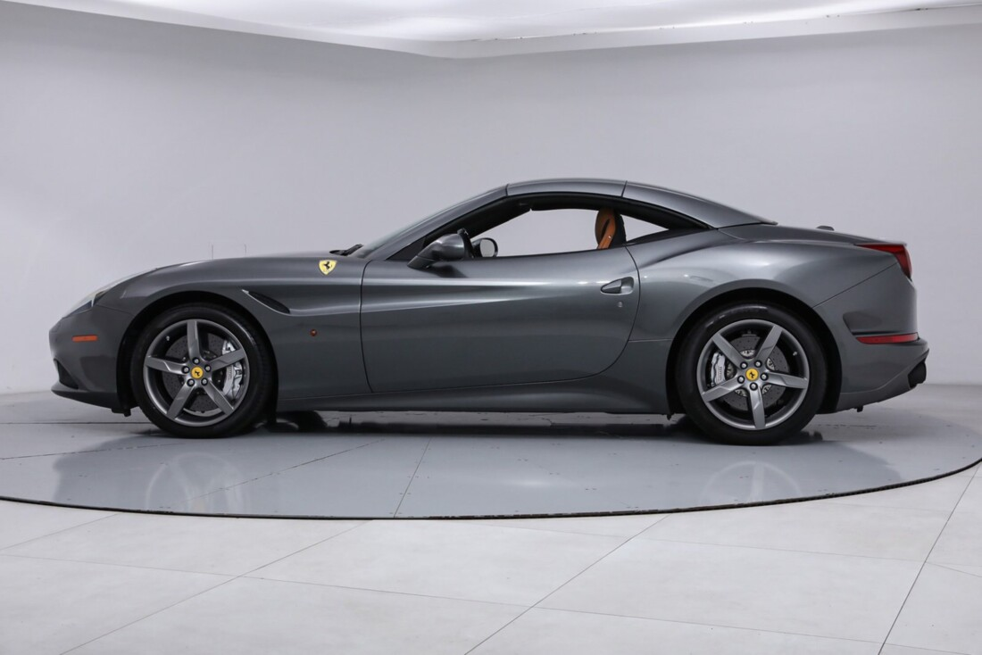 2017 Ferrari  California image _613da5d163dec2.78095481.jpg