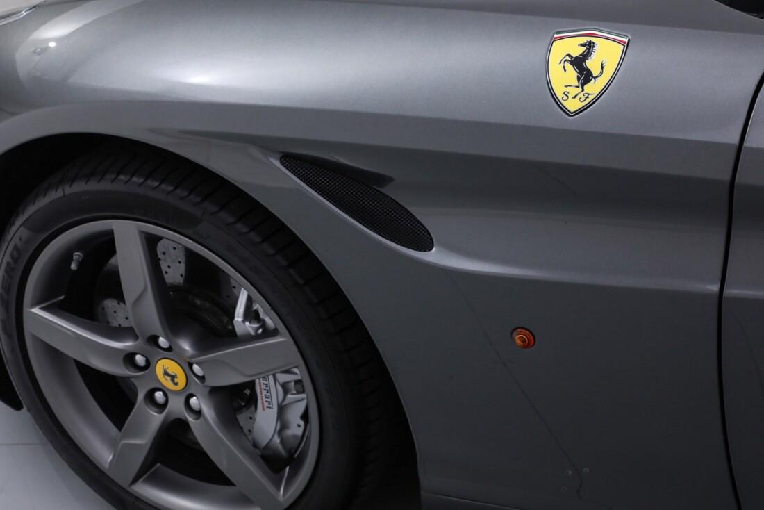 2017 Ferrari  California image _613da5d6948b12.28550527.jpg