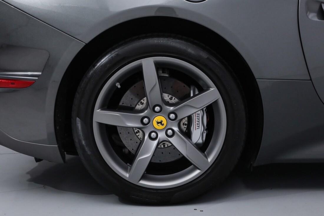 2017 Ferrari  California image _613da5e7157592.18720952.jpg