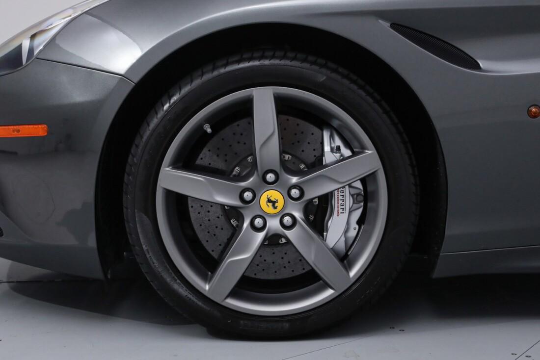 2017 Ferrari  California image _613da5e7c09481.40251662.jpg