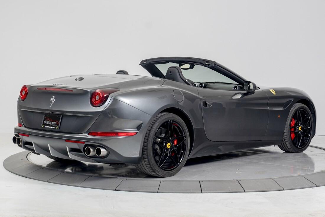 2015 Ferrari  California T image _613da6594fa3c6.55727836.jpg