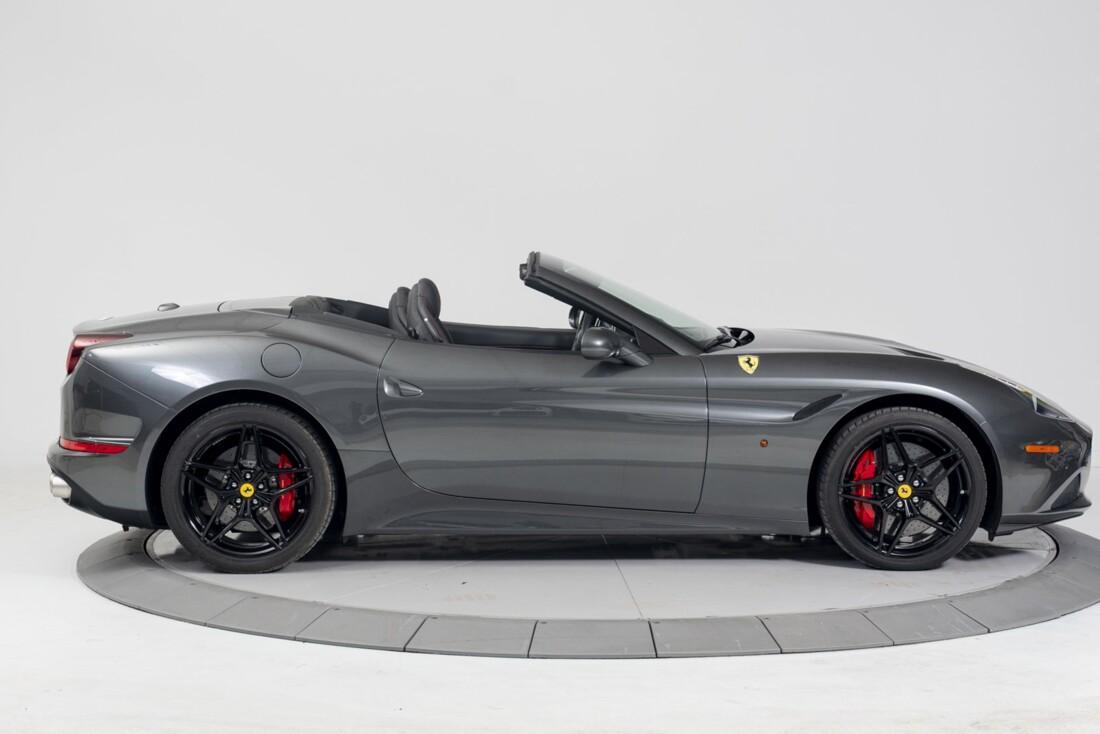 2015 Ferrari  California T image _613da659e0a659.43449949.jpg