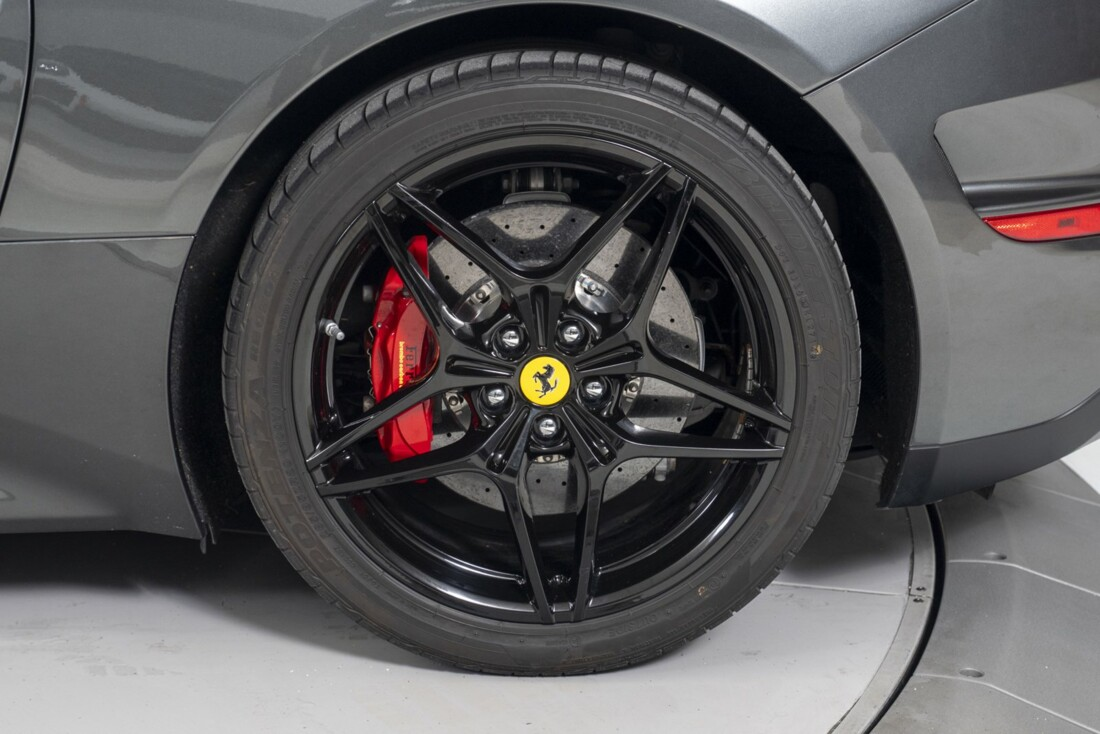 2015 Ferrari  California T image _613da65c315992.18550690.jpg
