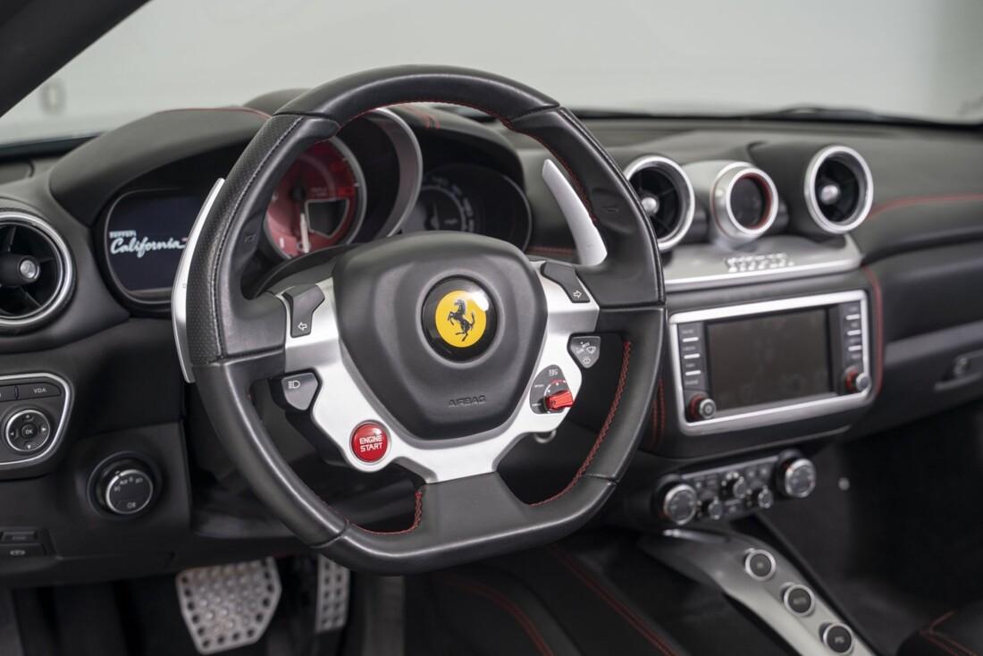 2015 Ferrari  California T image _613da66061b0e2.77216769.jpg