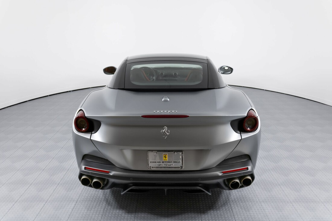 2019 Ferrari  Portofino image _613ef75ee1a1e4.09985262.jpg