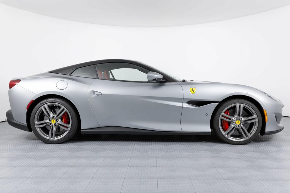 2019 Ferrari  Portofino image _613ef7610ef138.53909358.jpg