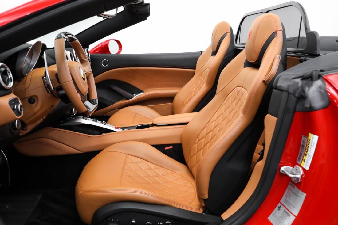 2016 Ferrari  California image _61419a958155d4.01184918.jpg