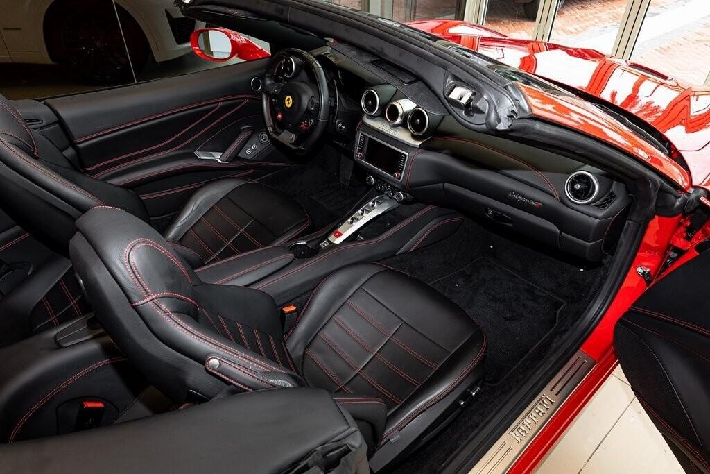 2017 Ferrari  California T image _61419ac4b288c8.86550496.jpg