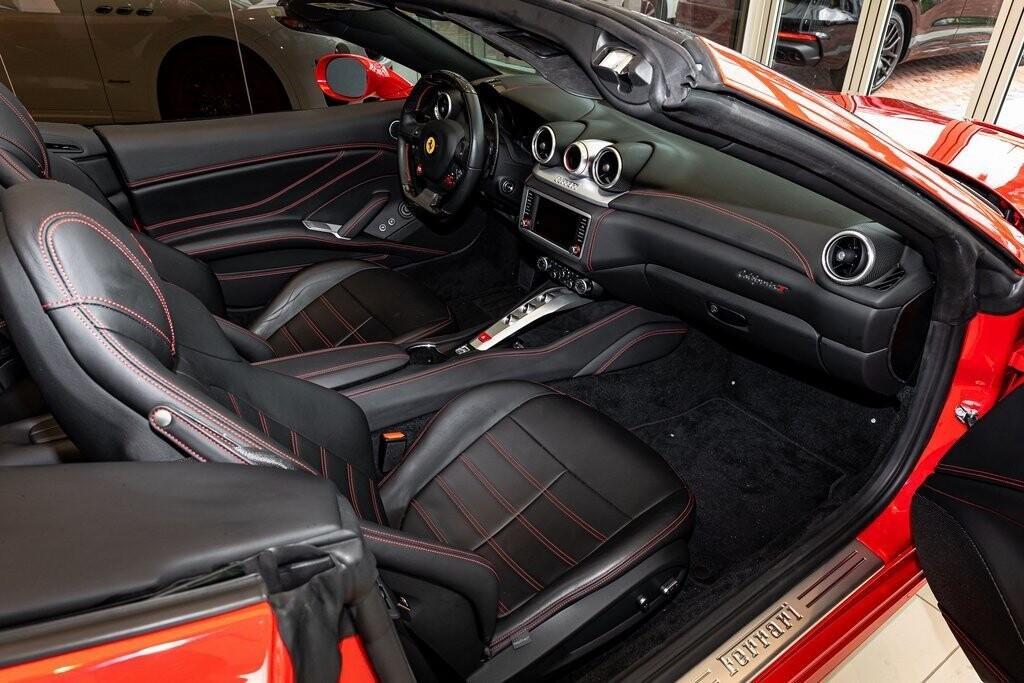 2017 Ferrari  California T image _61419ac6445b31.36863852.jpg