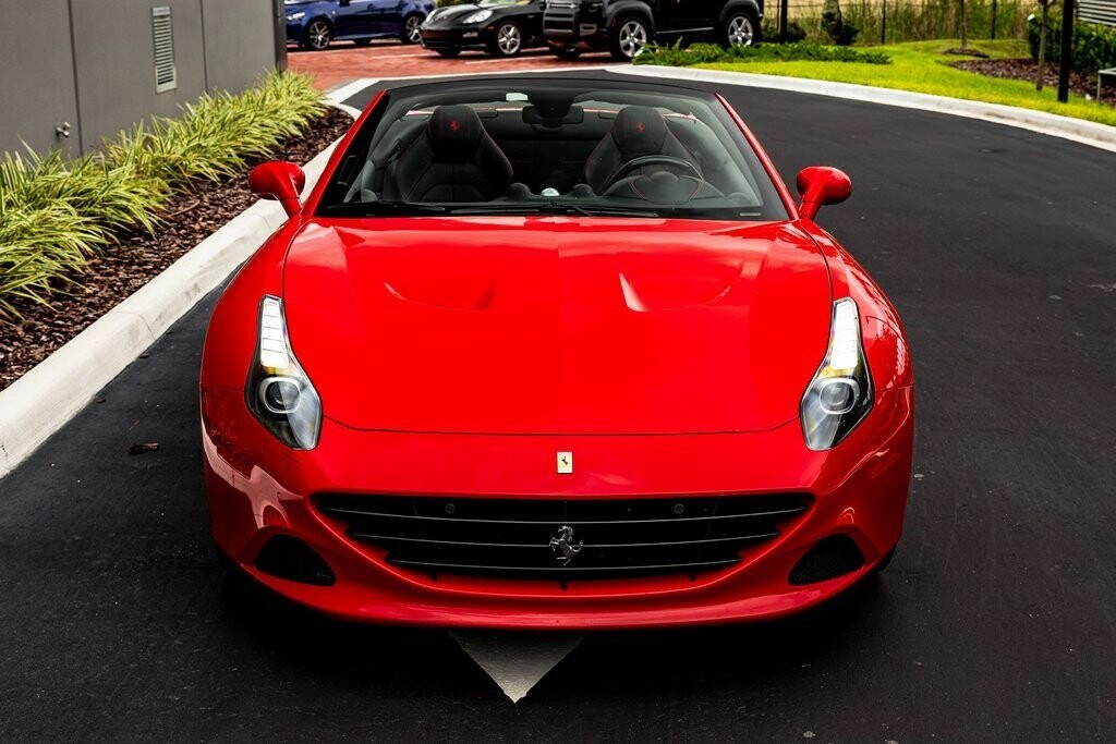 2017 Ferrari  California T image _61419ad1a8b323.53188275.jpg