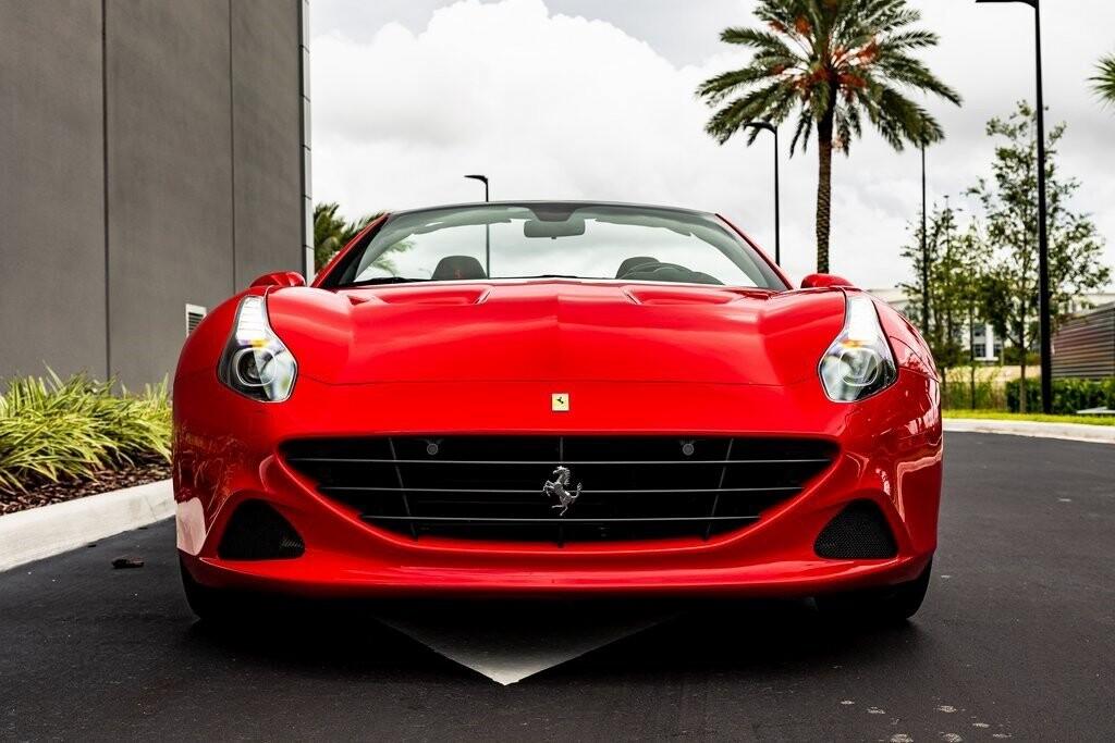 2017 Ferrari  California T image _61419ad23da2a9.47614845.jpg