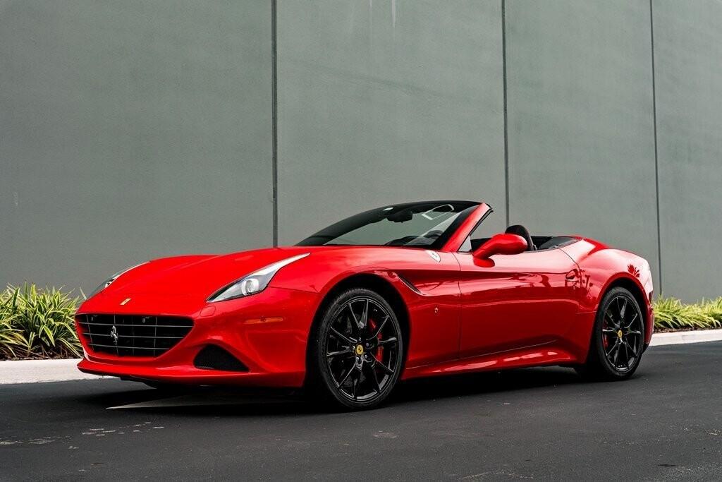2017 Ferrari  California T image _61419ad3e68735.90912050.jpg