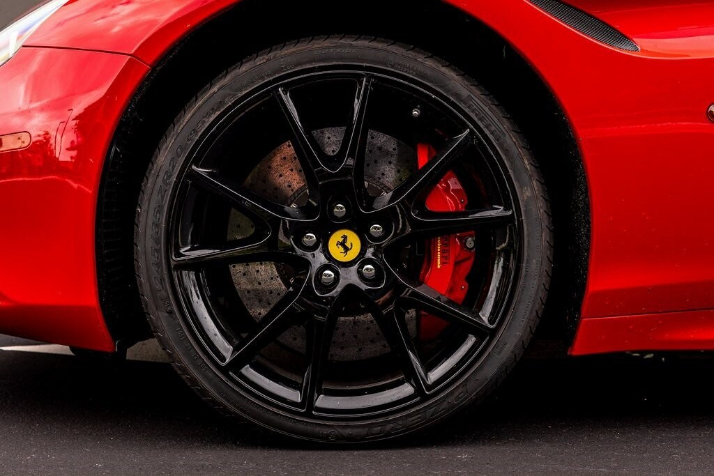 2017 Ferrari  California T image _61419ad46610c5.75734001.jpg