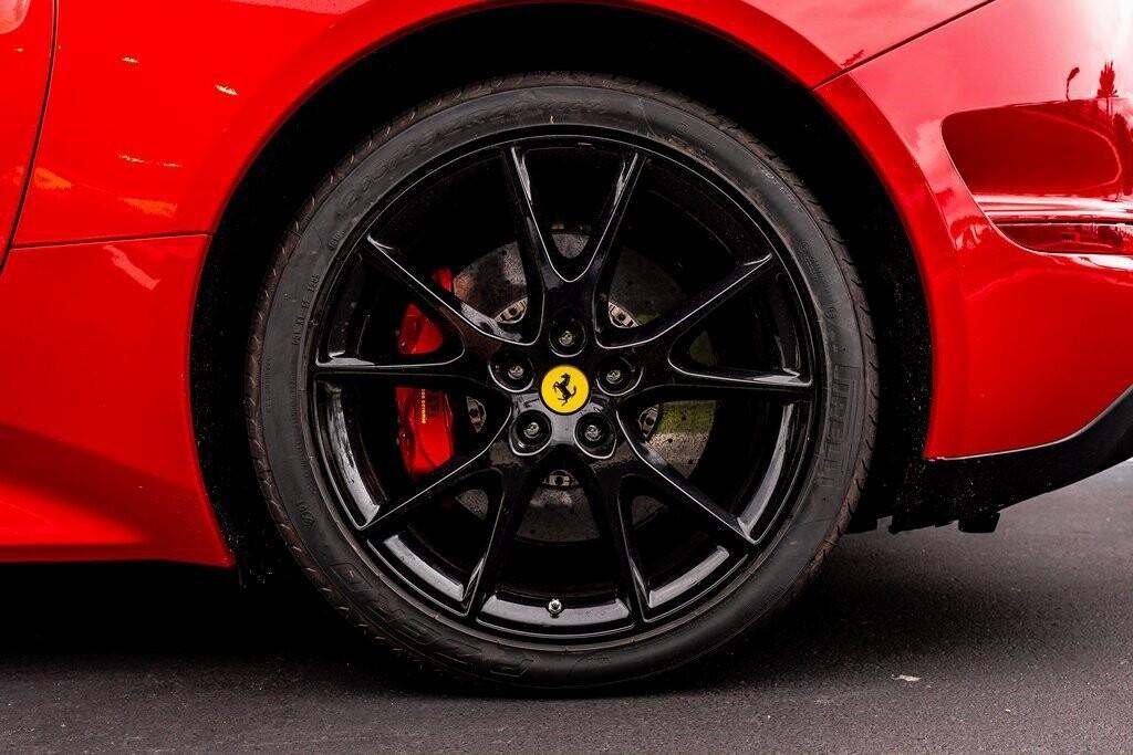 2017 Ferrari  California T image _61419ad57286f5.53045387.jpg