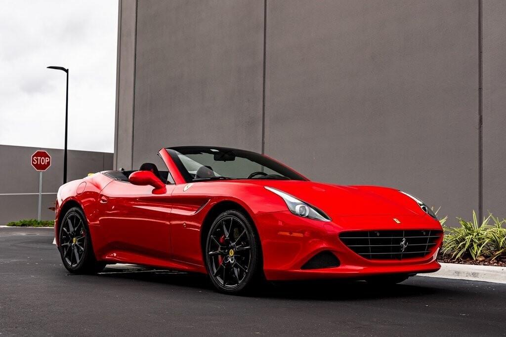 2017 Ferrari  California T image _61419ade6c3375.01732918.jpg