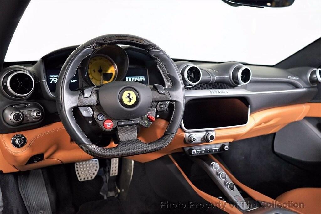 2019 Ferrari  Portofino image _61419b1f31a6e5.33150388.jpg