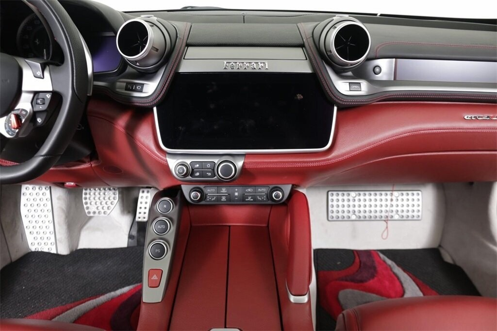 2018 Ferrari GTC4Lusso image _61419b3f639750.74955023.jpg