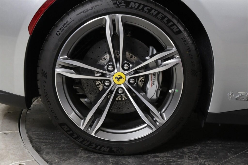 2018 Ferrari GTC4Lusso image _61419b4f07bd23.06884996.jpg
