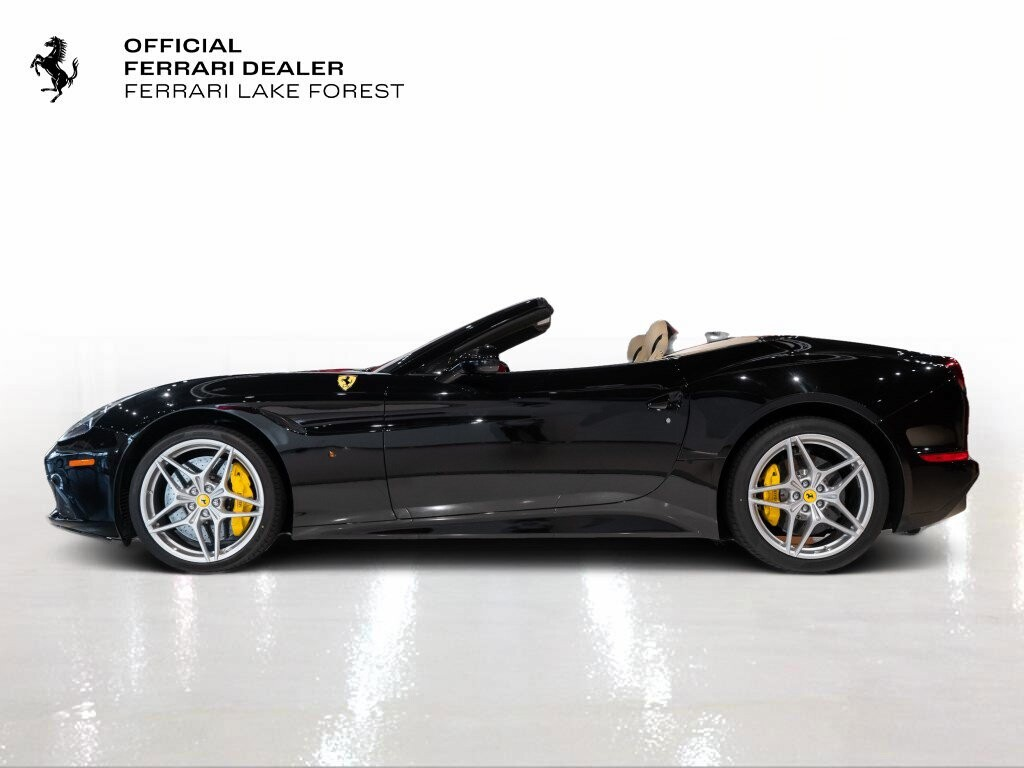 2016 Ferrari  California image _6142ebbfb17995.64616335.jpg