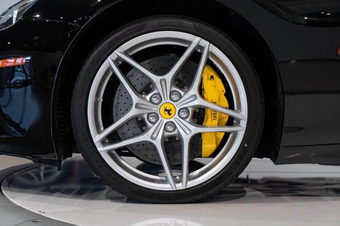 2016 Ferrari  California image _6142ebc7c8f1d7.14562426.jpg