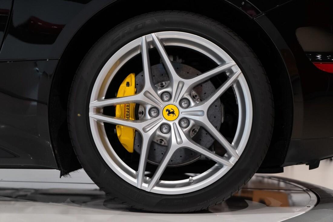 2016 Ferrari  California image _6142ebc8d0bdb3.03720466.jpg