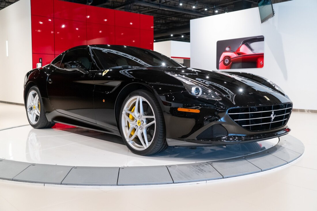 2016 Ferrari  California image _6142ebea04c5f7.17718975.jpg