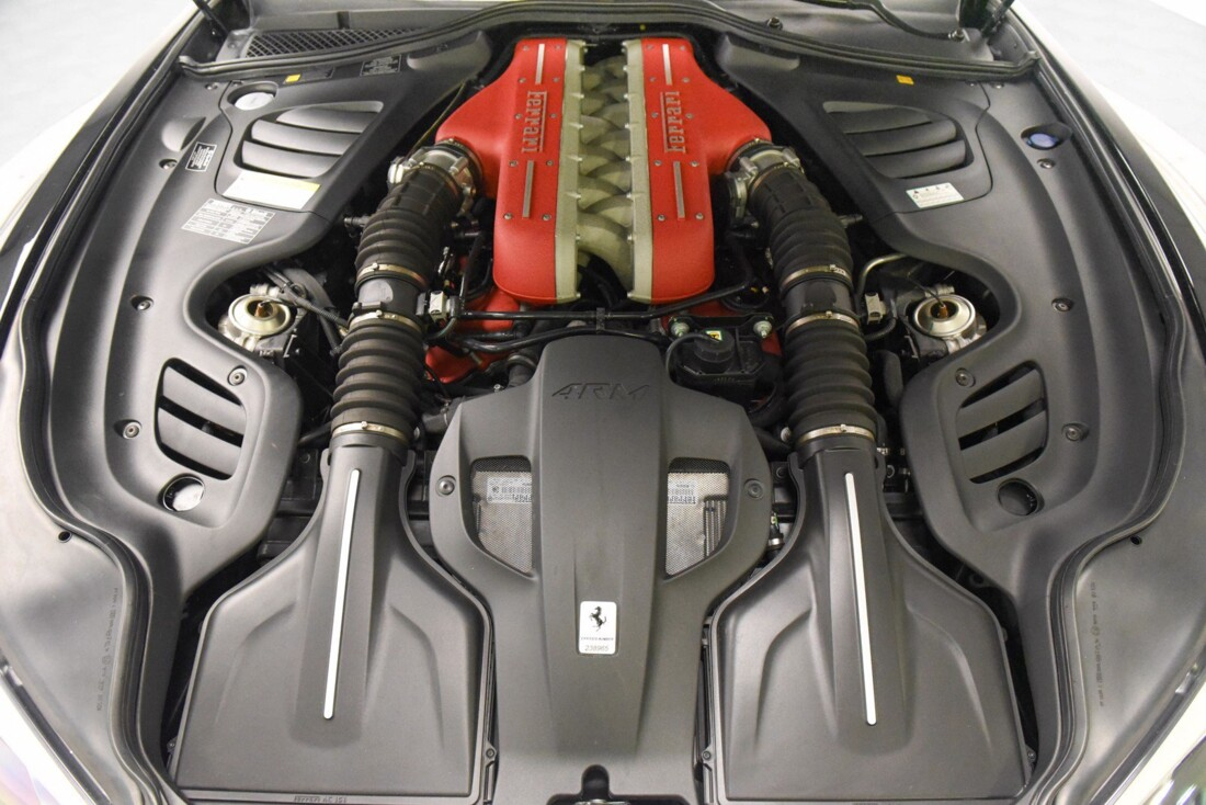 2019 Ferrari GTC4Lusso image _6142ebfb568b52.88552606.jpg