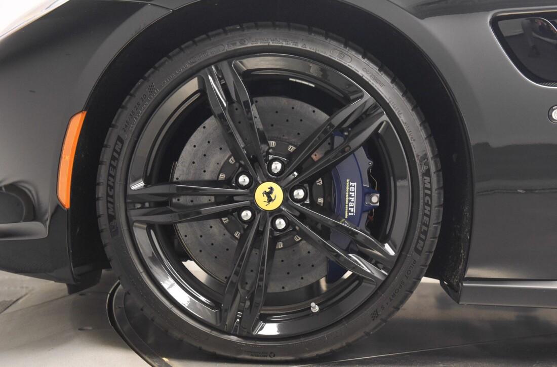 2019 Ferrari GTC4Lusso image _6142ebfcf3da54.43075678.jpg