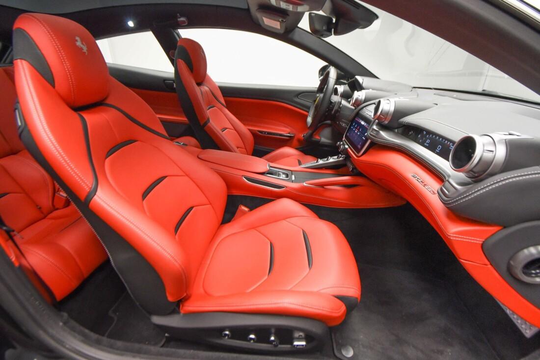 2019 Ferrari GTC4Lusso image _6142ec28408f46.47397886.jpg