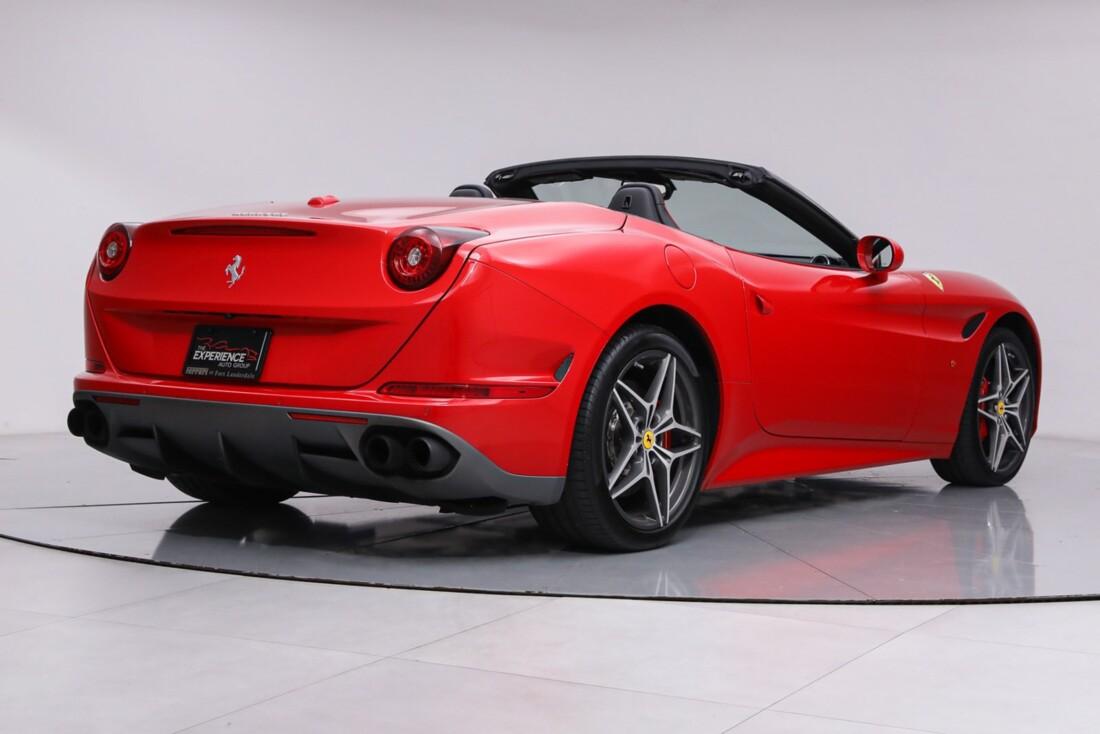 2016 Ferrari  California T image _61443d0eb0e174.45058135.jpg