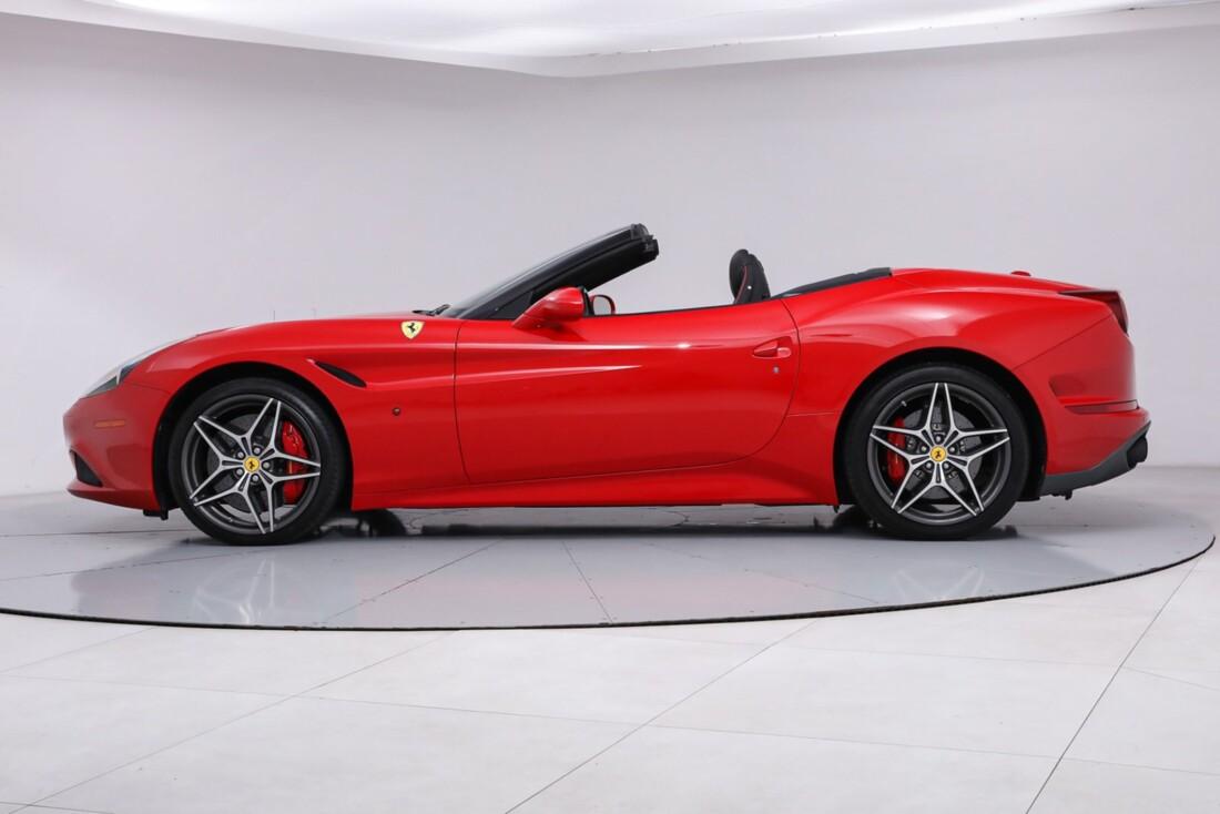 2016 Ferrari  California T image _61443d0f7d1d34.26268087.jpg