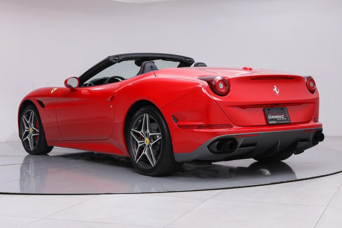 2016 Ferrari  California T image _61443d128be505.96171189.jpg