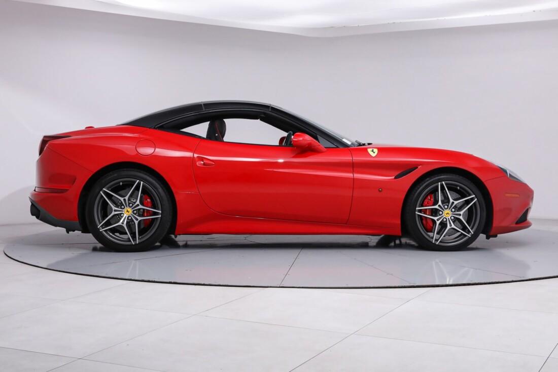 2016 Ferrari  California T image _61443d14a7e0b2.39718553.jpg