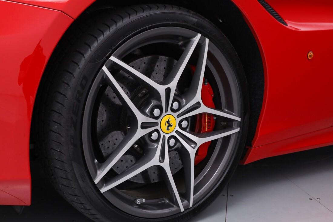 2016 Ferrari  California T image _61443d1864a6b5.58073272.jpg
