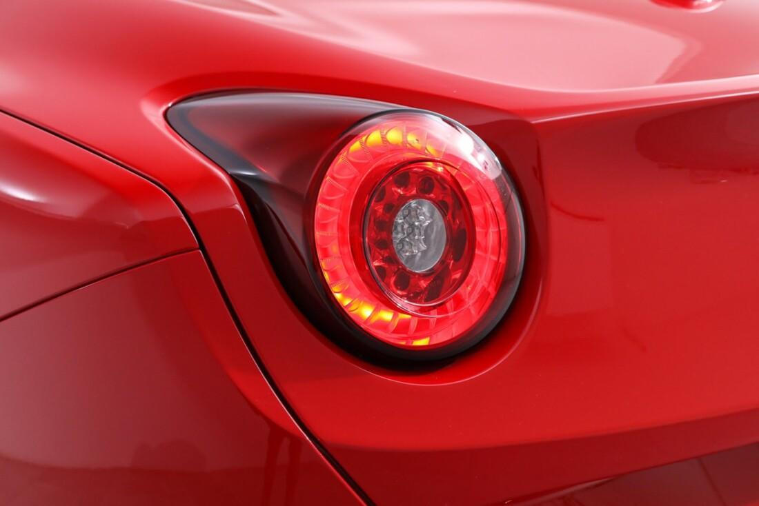 2016 Ferrari  California T image _61443d190d9004.41576222.jpg