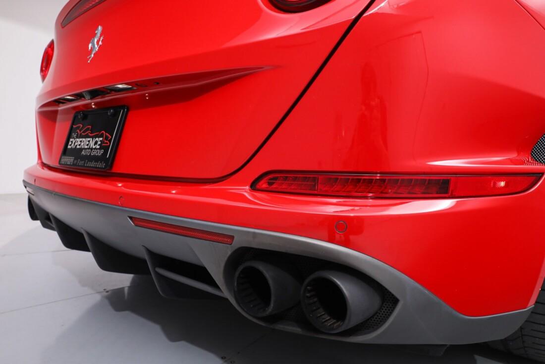2016 Ferrari  California T image _61443d198dbd81.16266024.jpg