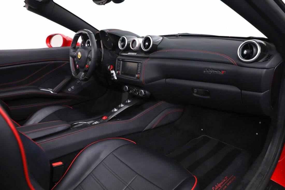 2016 Ferrari  California T image _61443d1aeaa829.57459873.jpg