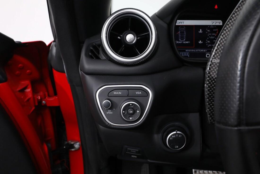 2016 Ferrari  California T image _61443d2126c571.47365243.jpg