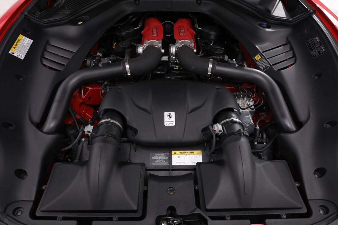 2016 Ferrari  California T image _61443d2527b681.20791331.jpg